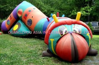 Çin Inflatable bugsy the caterpillar tunnel maze for children games Fabrika